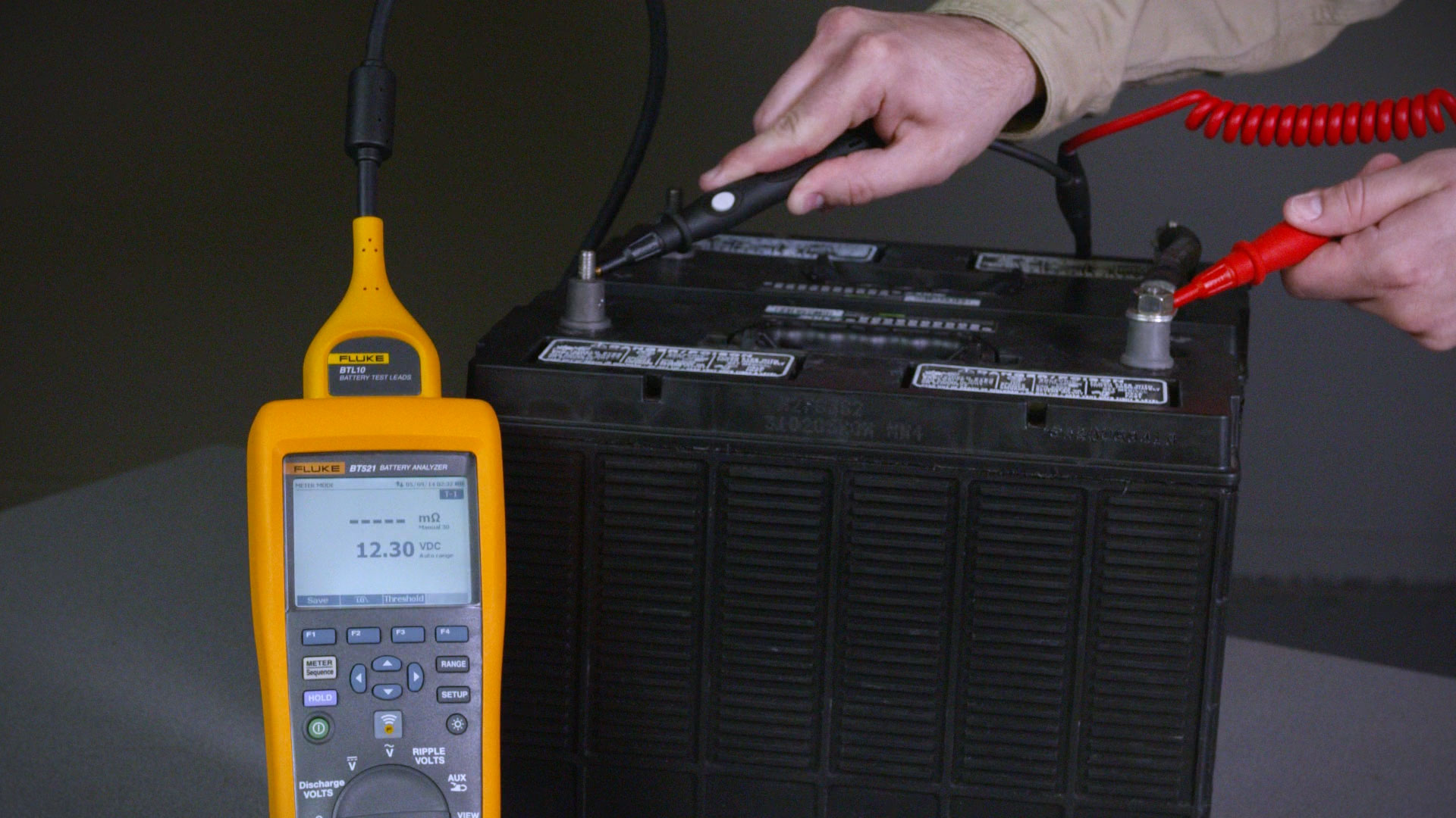 Fluke BT500 系列蓄电池内阻分析仪使用说明:快速演示