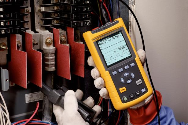 Fluke 43B Single Phase Power Quality Analyzer 2