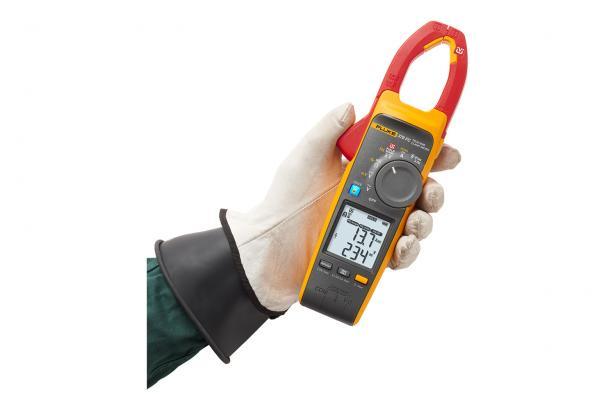 FieldSense? technology in the Fluke 378 FC give you faster, safer testing.