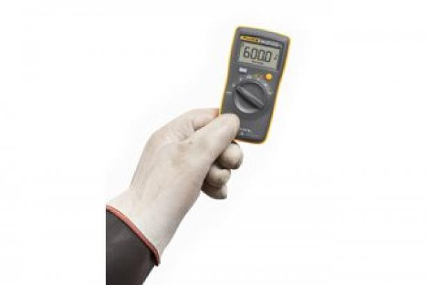 Fluke 101 Digital Multimeter 2