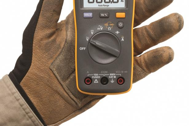 Fluke 107 Palm-sized Digital Multimeter 2